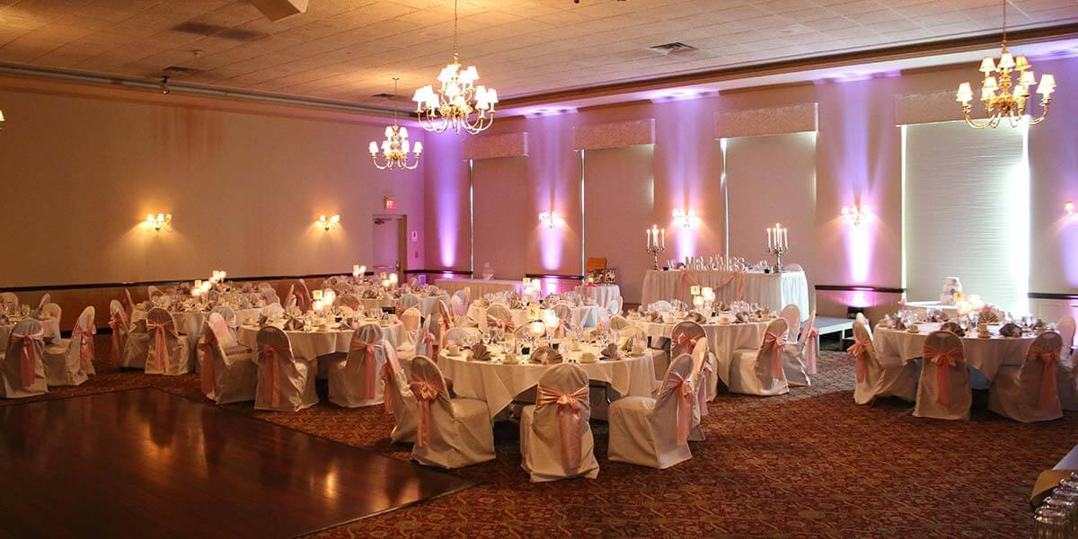 Wedding reception michaels catering banquets wedding reception at michaels catering banquets junglespirit Choice Image